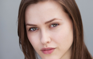 Elinor Crawley Widescreen