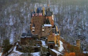 Eltz Castle Computer Wallpaper