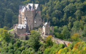Eltz Castle High Definition