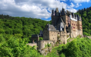 Eltz Castle High Definition Wallpapers