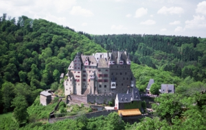 Eltz Castle Wallpapers