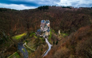 Eltz Castle Wallpapers HD