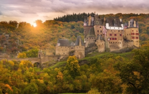 Eltz Castle For Desktop