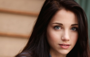 Emily Rudd Pictures