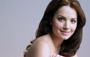 Erica Durance Images