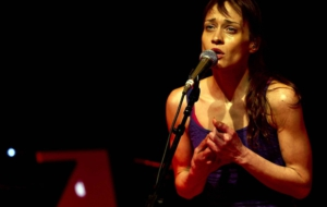 Fiona Apple Wallpapers And Backgrounds