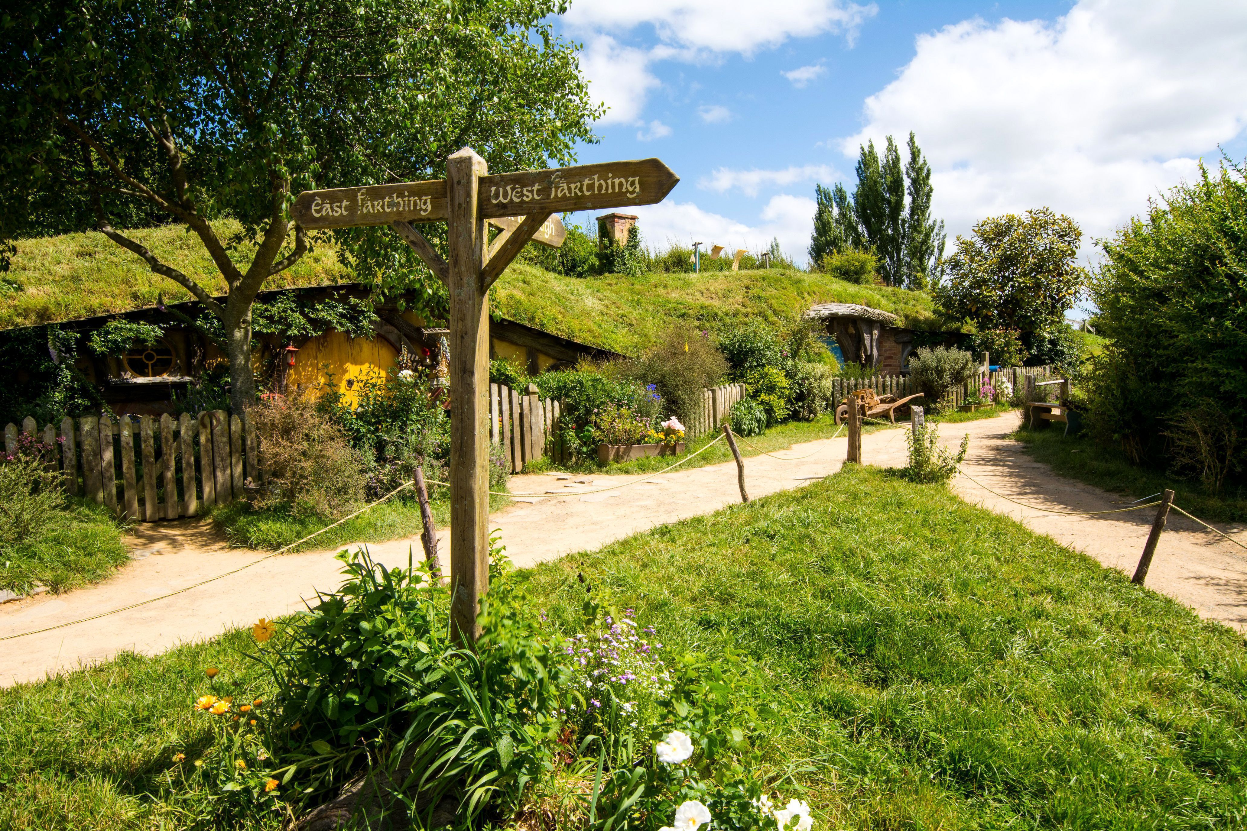 Hobbiton wallpapers backgrounds for House photos hd