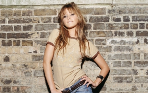 Holly Valance Pictures