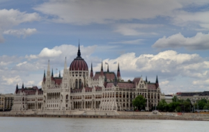 Hungarian Parliament Building HD Wallpaper