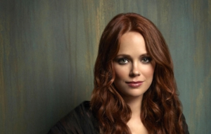 Katia Winter HD Wallpaper