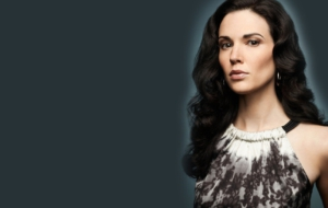Laura Mennell HD Background