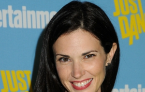 Laura Mennell Wallpaper