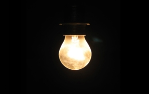 Light Bulb HD Desktop