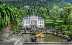 Linderhof Palace HD Background
