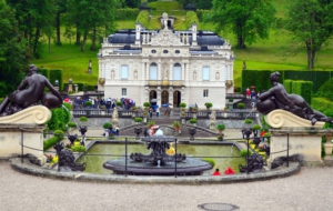 Linderhof Palace HD Wallpaper