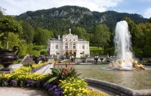 Linderhof Palace For Desktop
