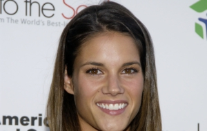 Missy Peregrym Pictures
