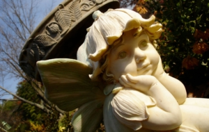 Pictures Of Cherub Statue