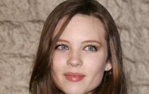Pictures Of Daveigh Chase