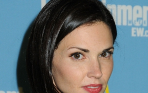 Pictures Of Laura Mennell