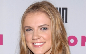 Sara Canning Wallpapers HD