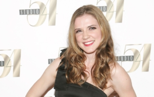 Sara Canning Full HD