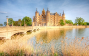 Schwerin Palace Desktop Wallpaper