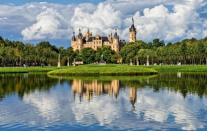 Schwerin Palace For Desktop