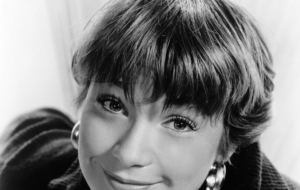 Shirley MacLaine Photos