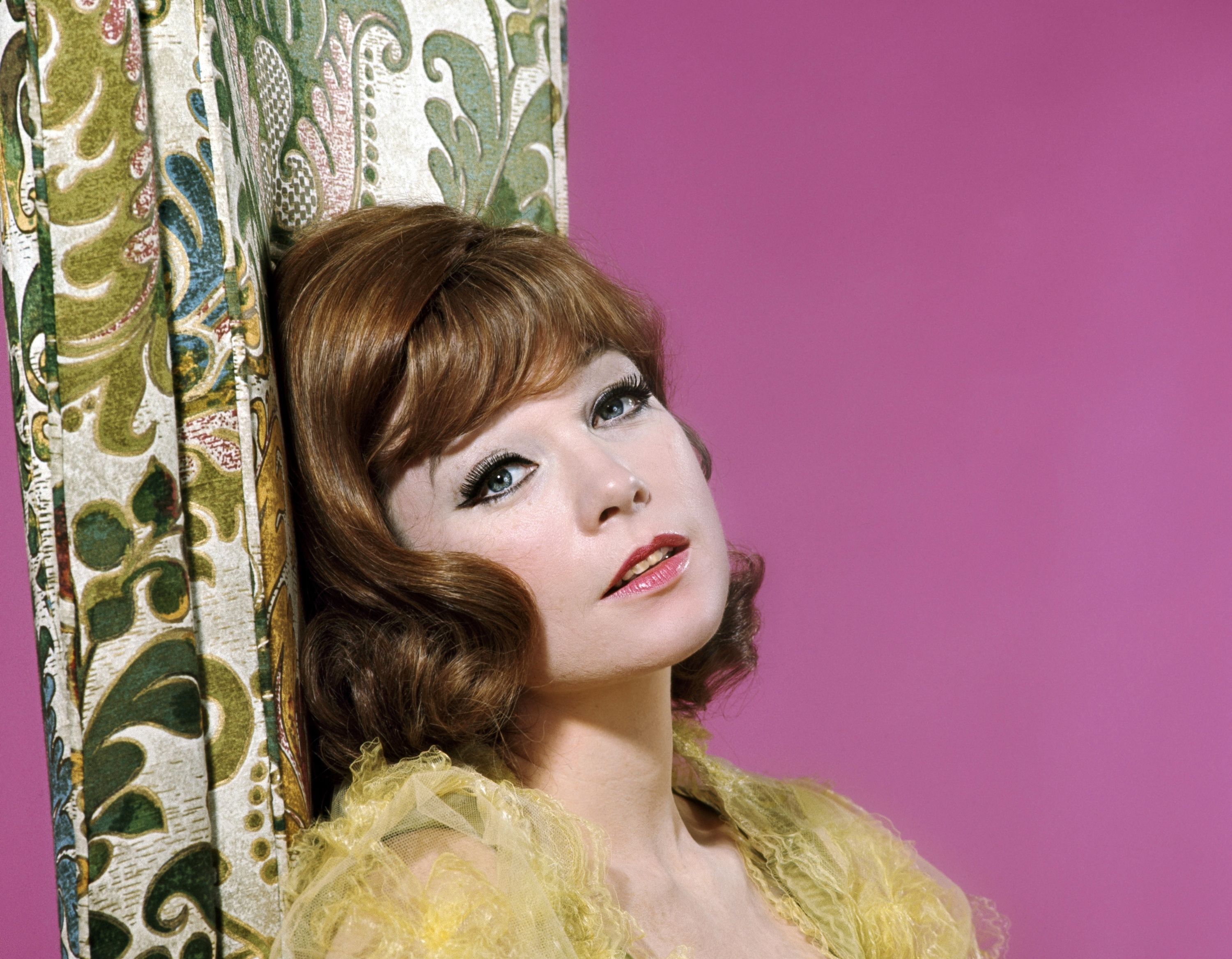 Shirley MacLaine Wallpapers Backgrounds