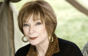 Shirley MacLaine Widescreen