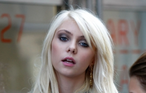 Taylor Momsen Free HD Wallpapers