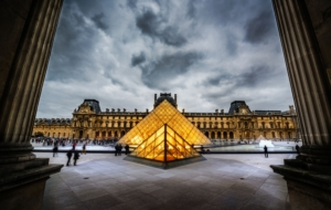 The Louvre Computer Wallpaper