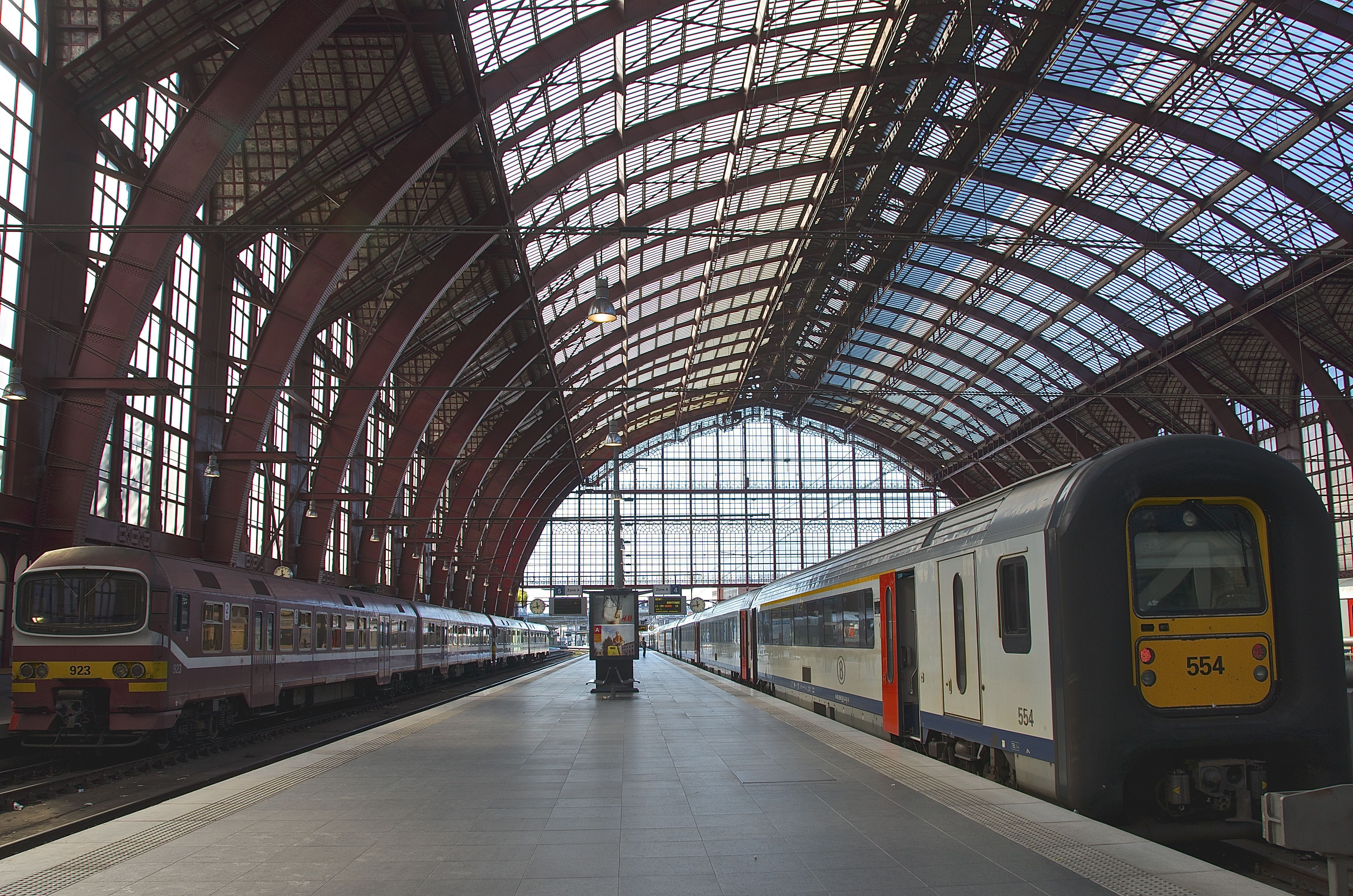 Train Station Wallpapers Backgrounds