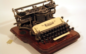 Typewriter Full HD