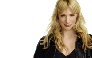 Beth Riesgraf Photos