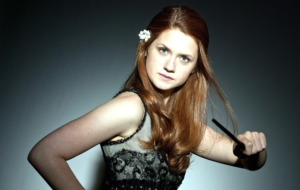 Bonnie Wright HD Background