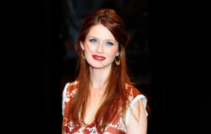 Bonnie Wright HD Wallpaper