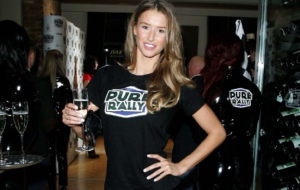 Danica Thrall Pictures