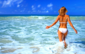 Girl In Bikini HD Wallpaper