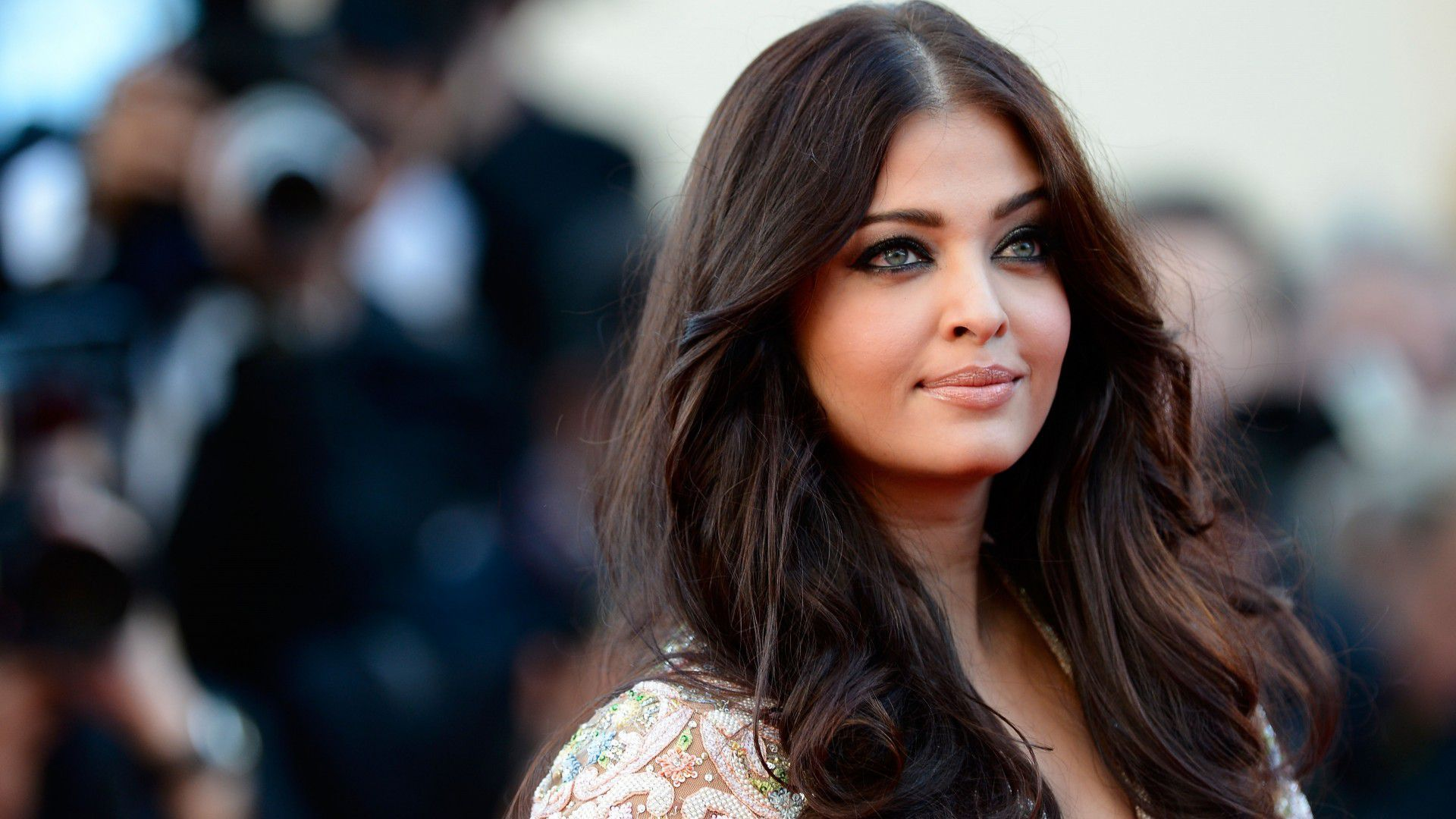 Aishwarya Rai Bachchan HD Background