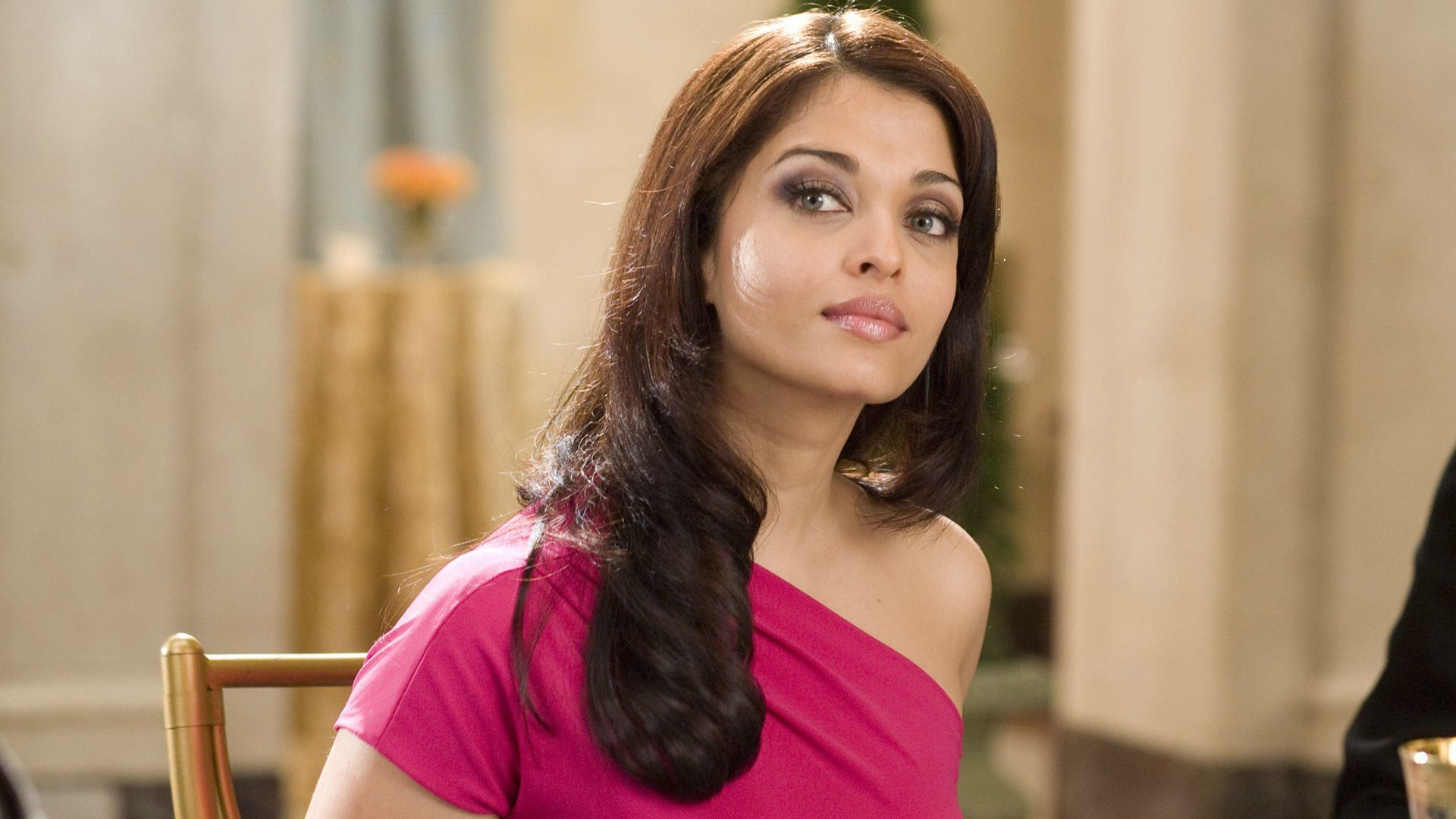 Aishwarya Rai Bachchan For Desktop