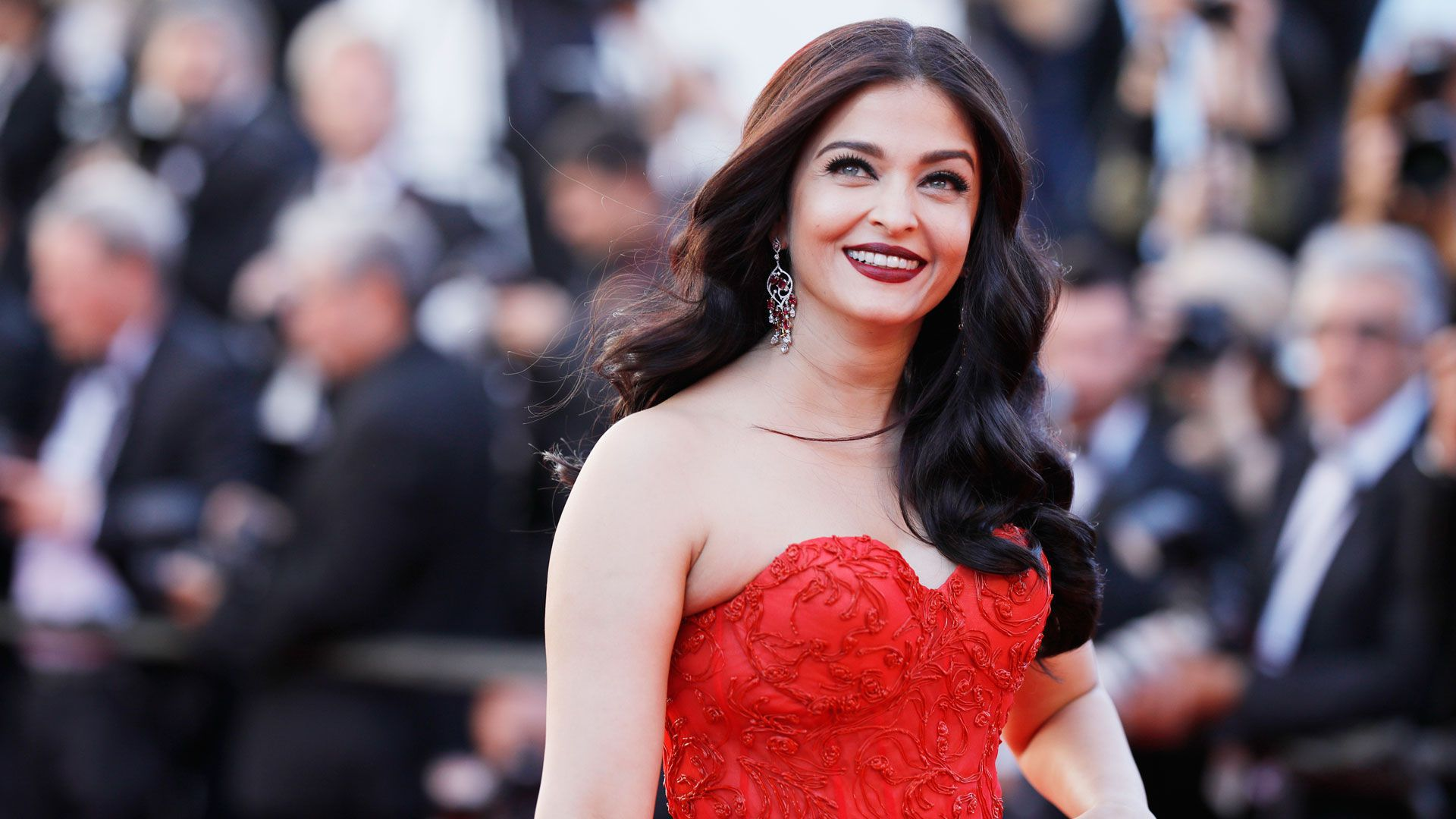 Aishwarya Rai Bachchan Wallpaper Pack
