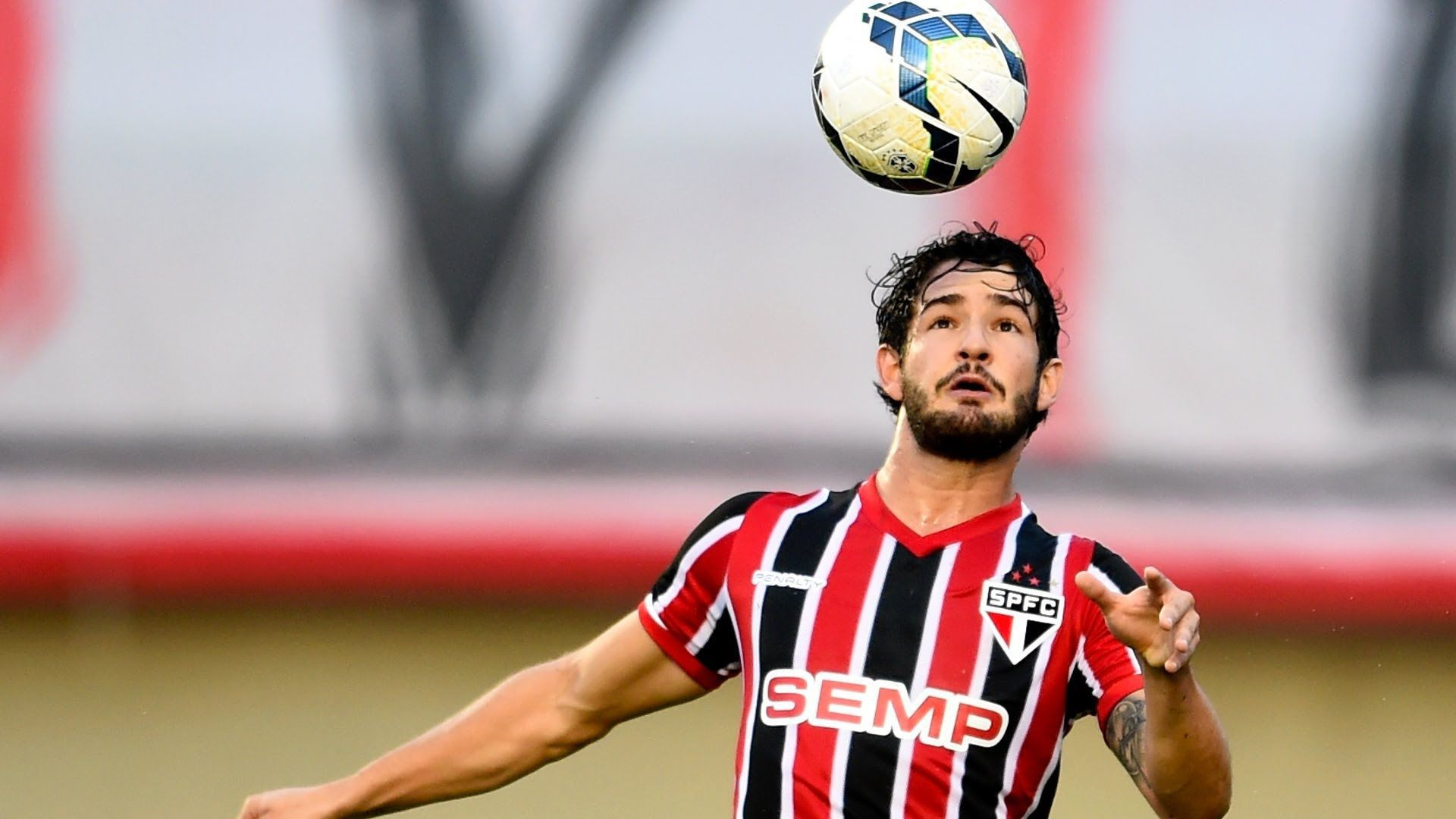 Alexandre Pato HD Background