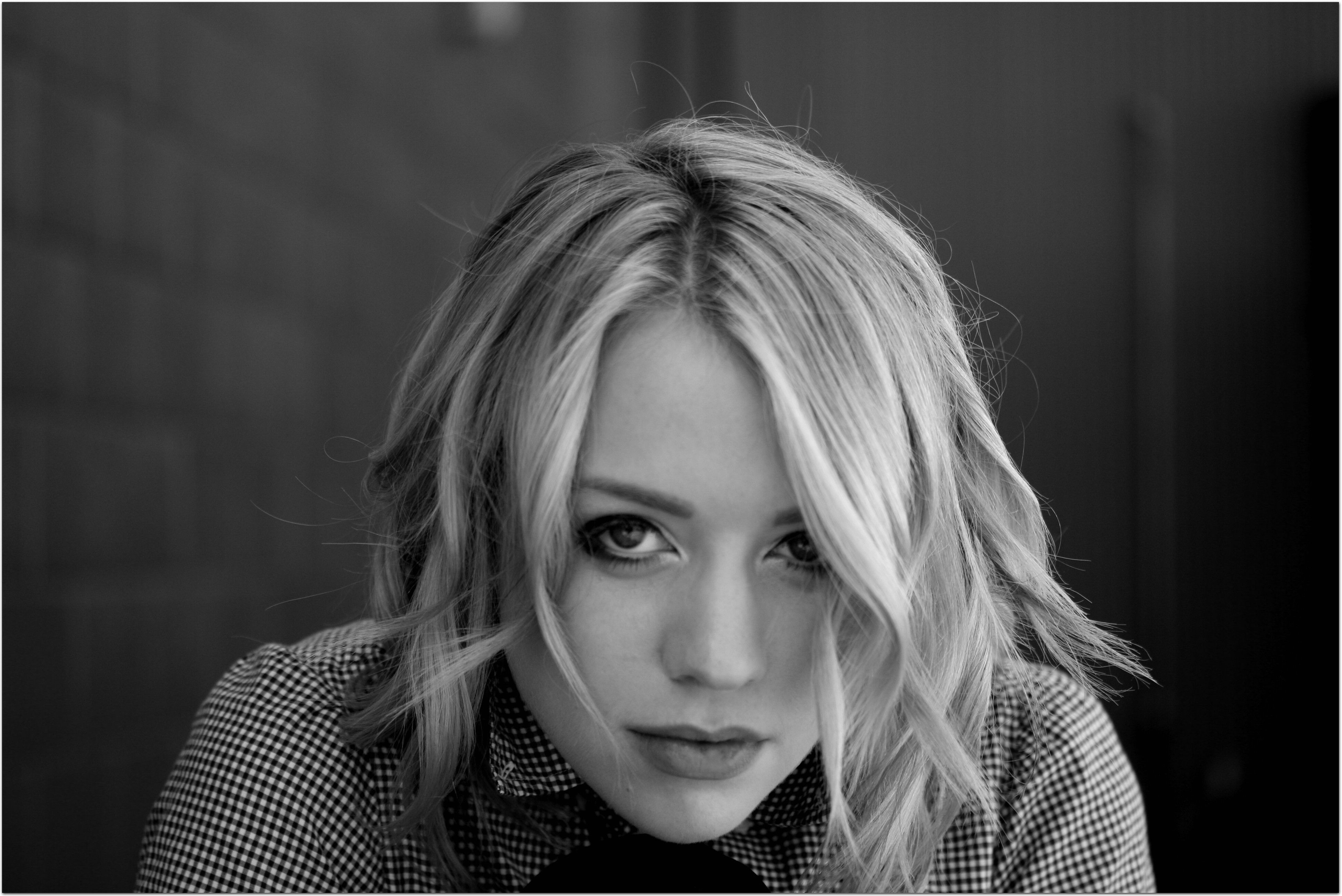 Alexz Johnson Background