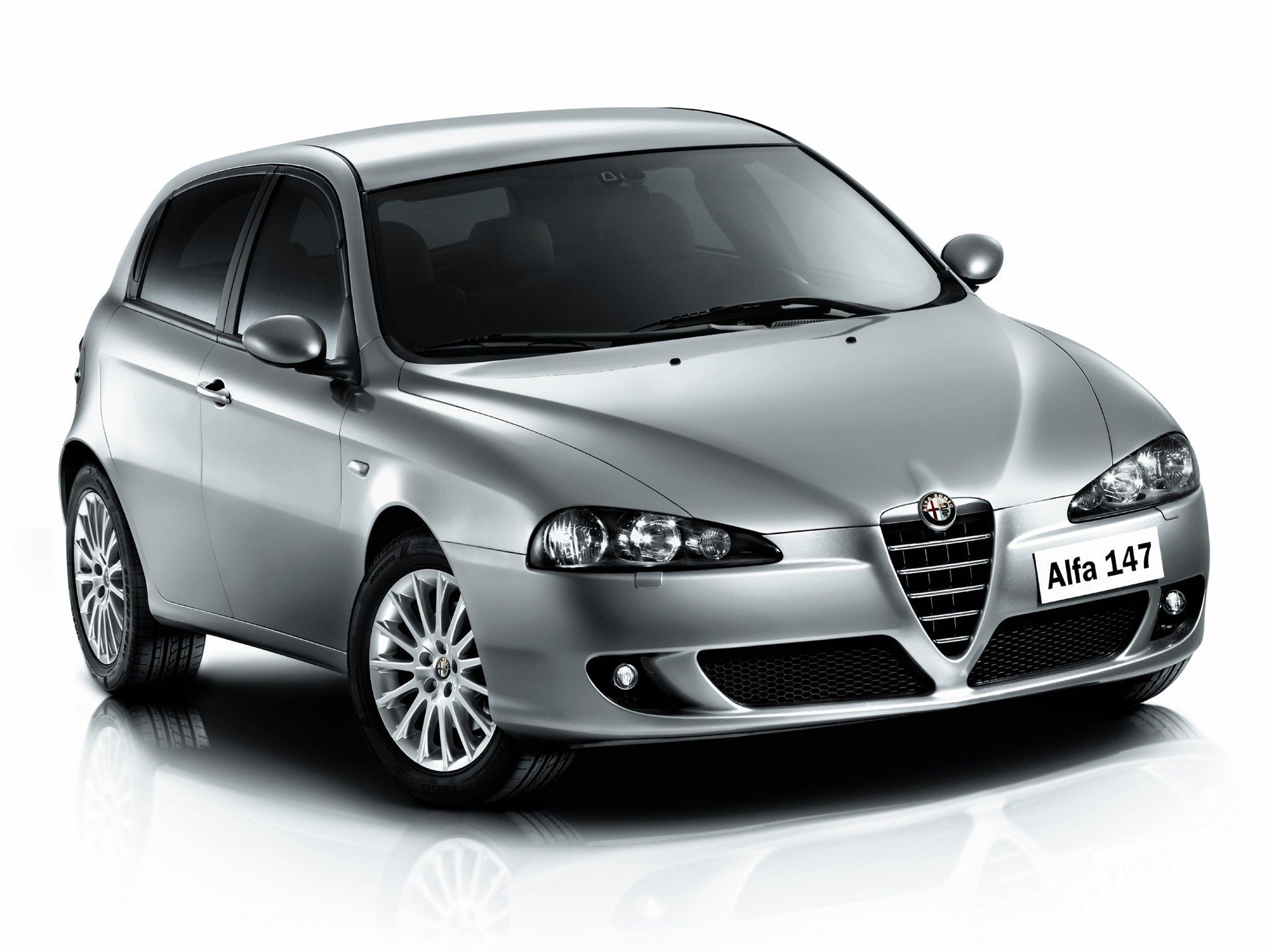 Alfa Romeo 147 Photos