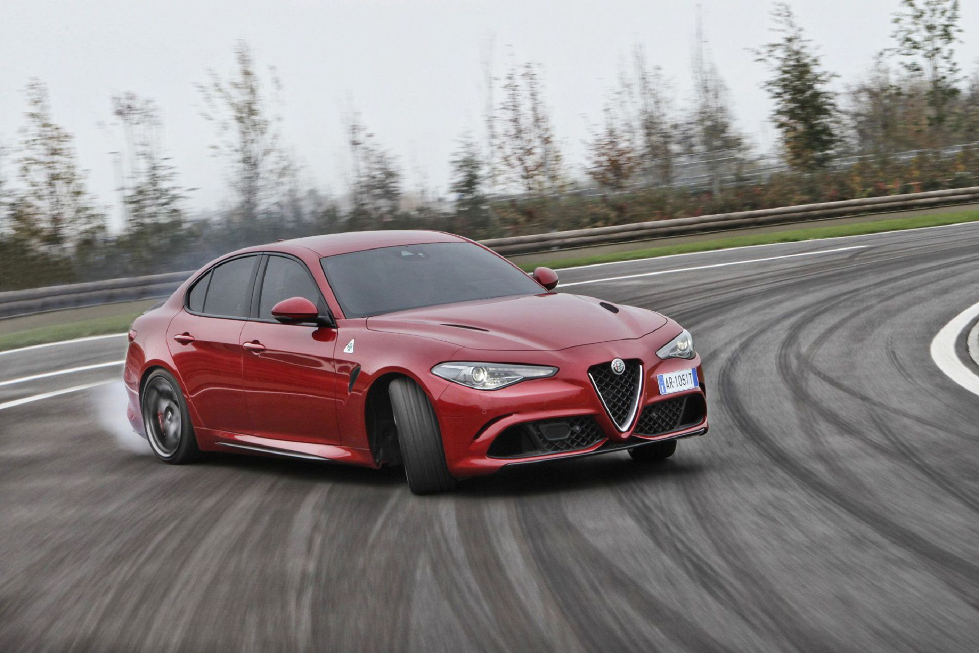 Alfa Romeo Giulia High Quality Wallpapers