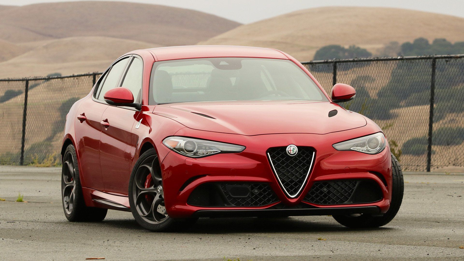 Alfa Romeo Giulia Wallpapers HD