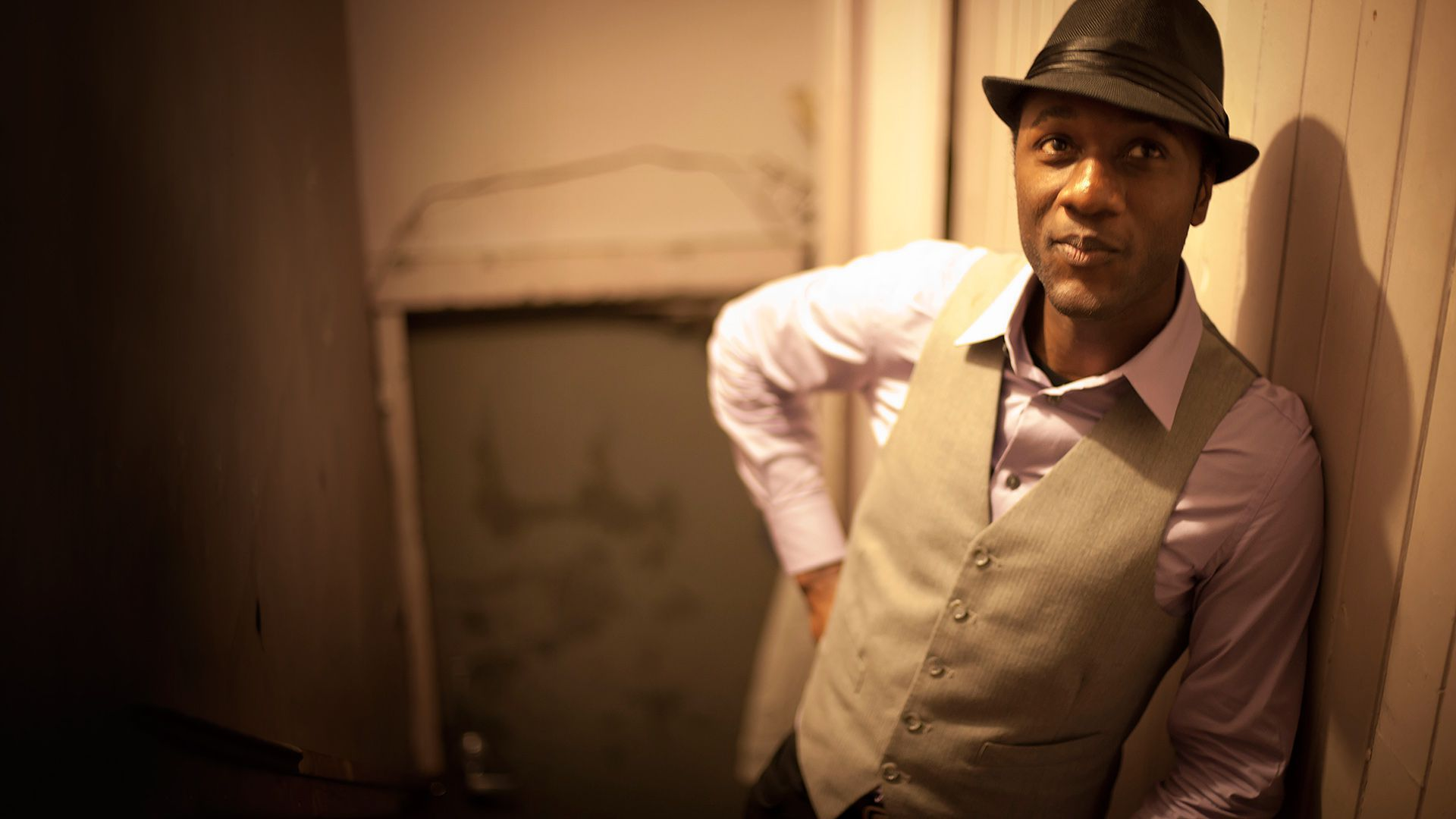 Aloe Blacc Computer Wallpaper