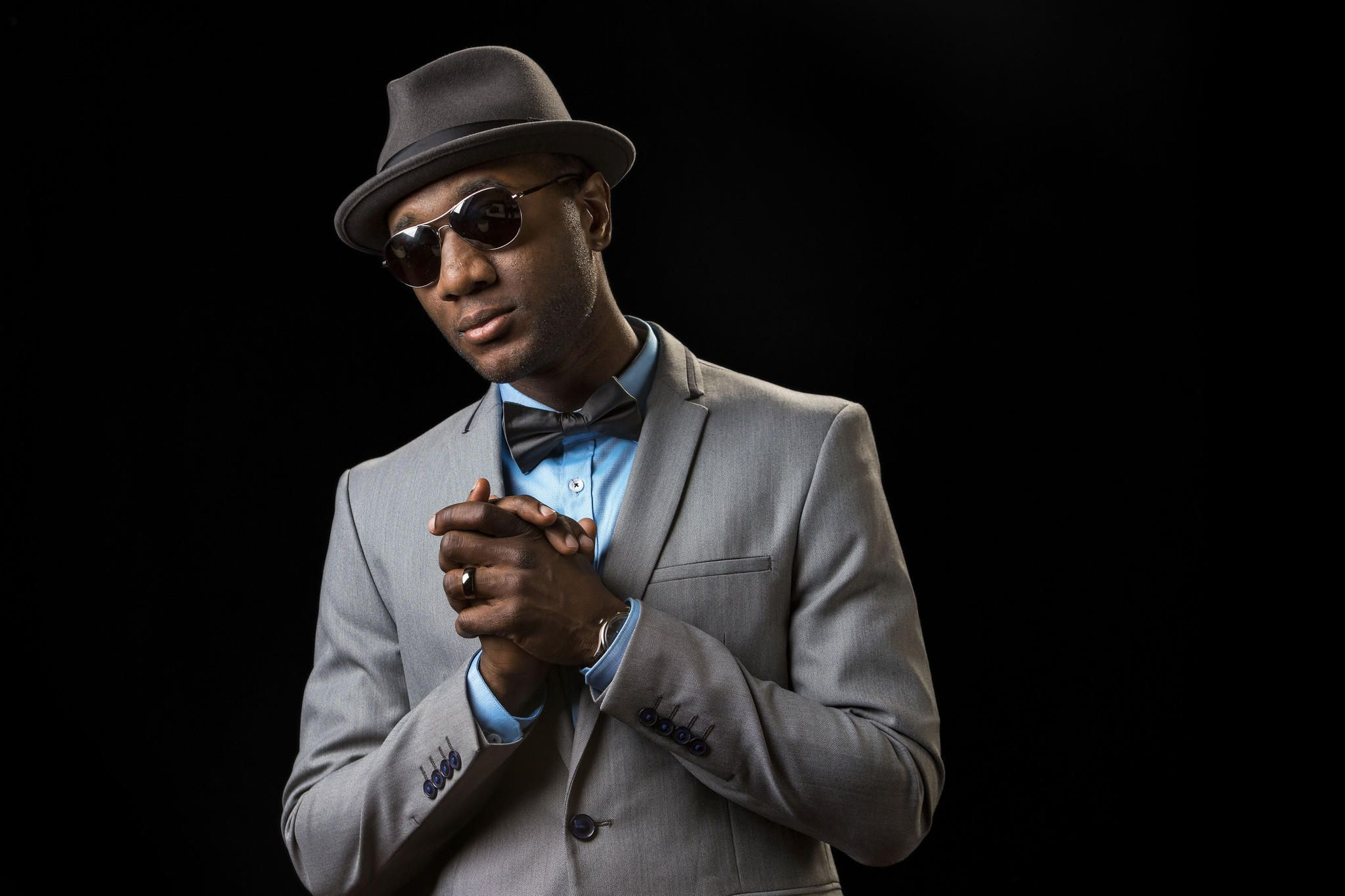 Aloe Blacc HD Background
